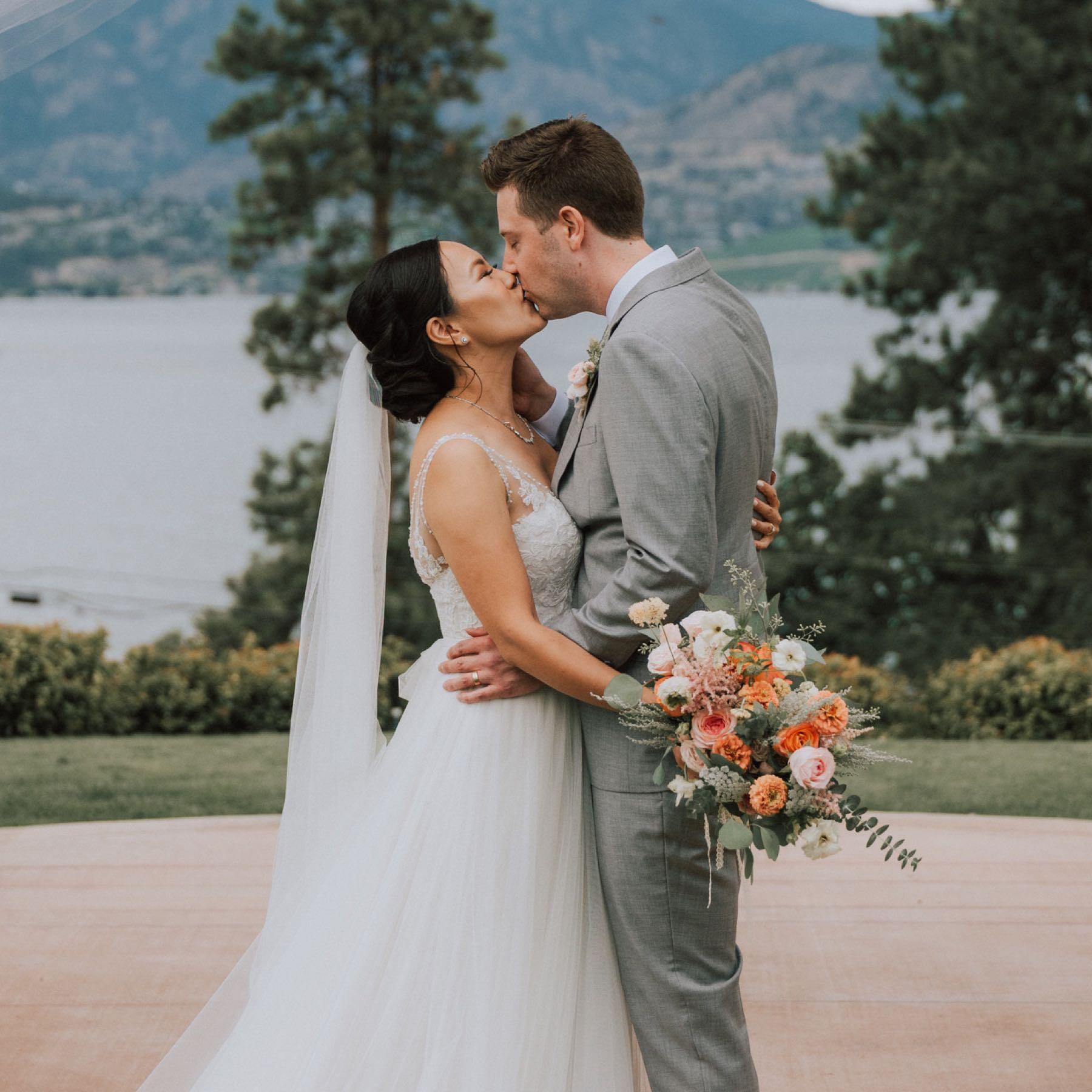footer-wedding-image-6