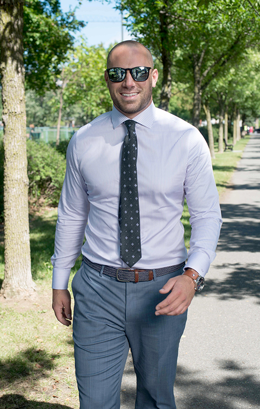 Etienne-boulay-suit-surmesur-photoshoot-shirt-chemise