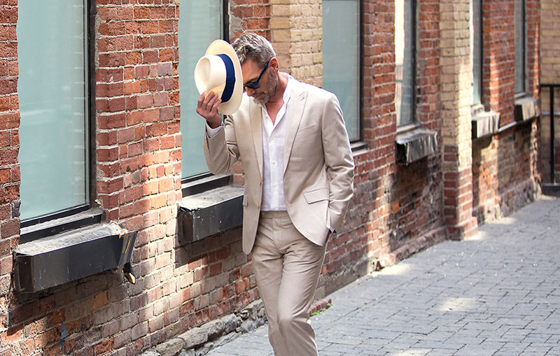 Surmesur_blog_charles_phil_linen_suit