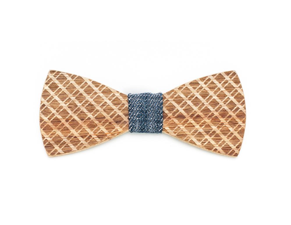 "Bow tie Engraved wood Bow tie ""Crescent Street"""